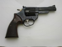 ASTRA 357, r. 9mm Luger