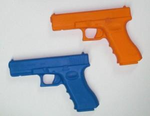 ARMYARMS.cz nabízí: Tréninková pistole Glock 17 | TW-Glock