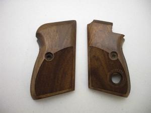 Střenky dřevěné BERETTA M70/71