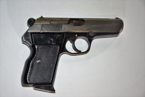 Pistole CZ 50
